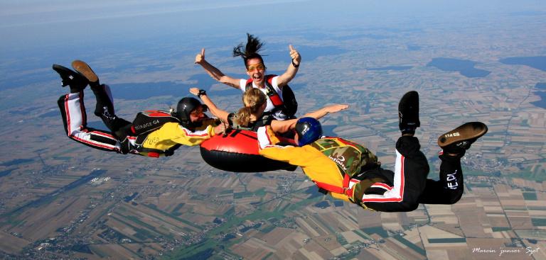 skoki na spadochronie
